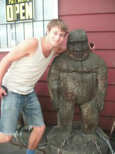 Dodo meets Bigfoot. Only in America!